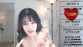 為甚麼我直播都看韓國的? 因為韓國的會脫光! 2
