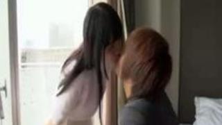 黒髪ロングの美少女とホテルでしっぽり……ズコバコぴゅっぴゅ