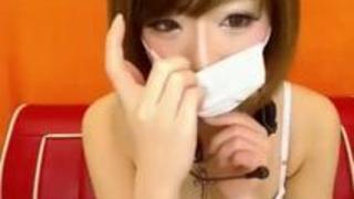 【盗撮エロ動画】アイドル顔のお嬢様がやらかす凄テク擬似フェラちおプレイショー!