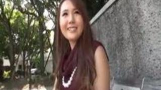 「キャバよりもAVの方が楽チンでーすww」暇な現役女子大生アルバイト感覚でAV出演!!ごっくん中出しOKデビュー!! 杏ちゃん