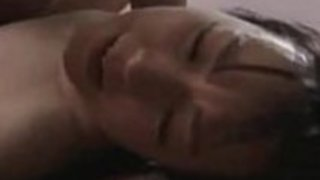 日本の十代の女の子が老人とファック -  part2をopencamsex.comで見る
