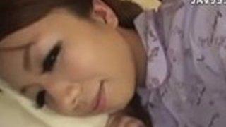 日本最大級のガールフレンドJAVで、角質の日本人モデル木下若菜
