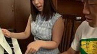 学生が犯した日本のピアノ先生 - もっとElitejavhd.comで