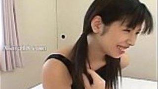 18yo日本の東京ベビーシッターが犯された