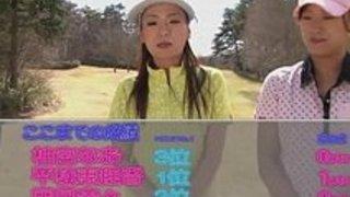 若い日本のおっぱいを吸うゴルフインストラクターのコックのコック