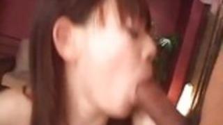 若者リナ・ワカミヤの素敵なグループ・セックスシーン