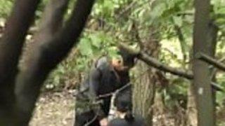 アジアの老人は木の1のinezzporn.com