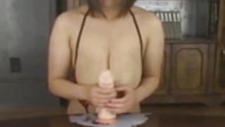 MIRUMIRU授乳中の日本