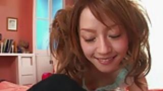 かわいい十代の可愛い人は彼女のボーイフレンドと一緒に、一人では非常にいたずらを取得