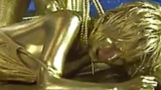 女王は金塗装奴隷を拷問