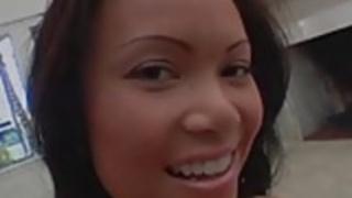 ホットアジアの痴女ニース手コキ濃厚な白色サラミ