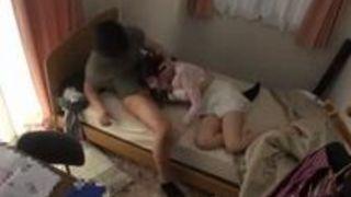 【浜崎真緒レイプ】色白なHな巨乳の美人家庭教師女子大生の、浜崎真緒のレイププレイエロ動画!