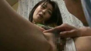 四十路で40代で巨乳カップル夫婦人妻熟女の、ヘンリー塚本のセックスエッチ動画。【ヘンリー塚本動画】