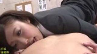 【水野朝陽M男】ドSなエロい爆乳の女教師の、水野朝陽のM男アナル舐めプレイがエロい!!【Sharevideos】